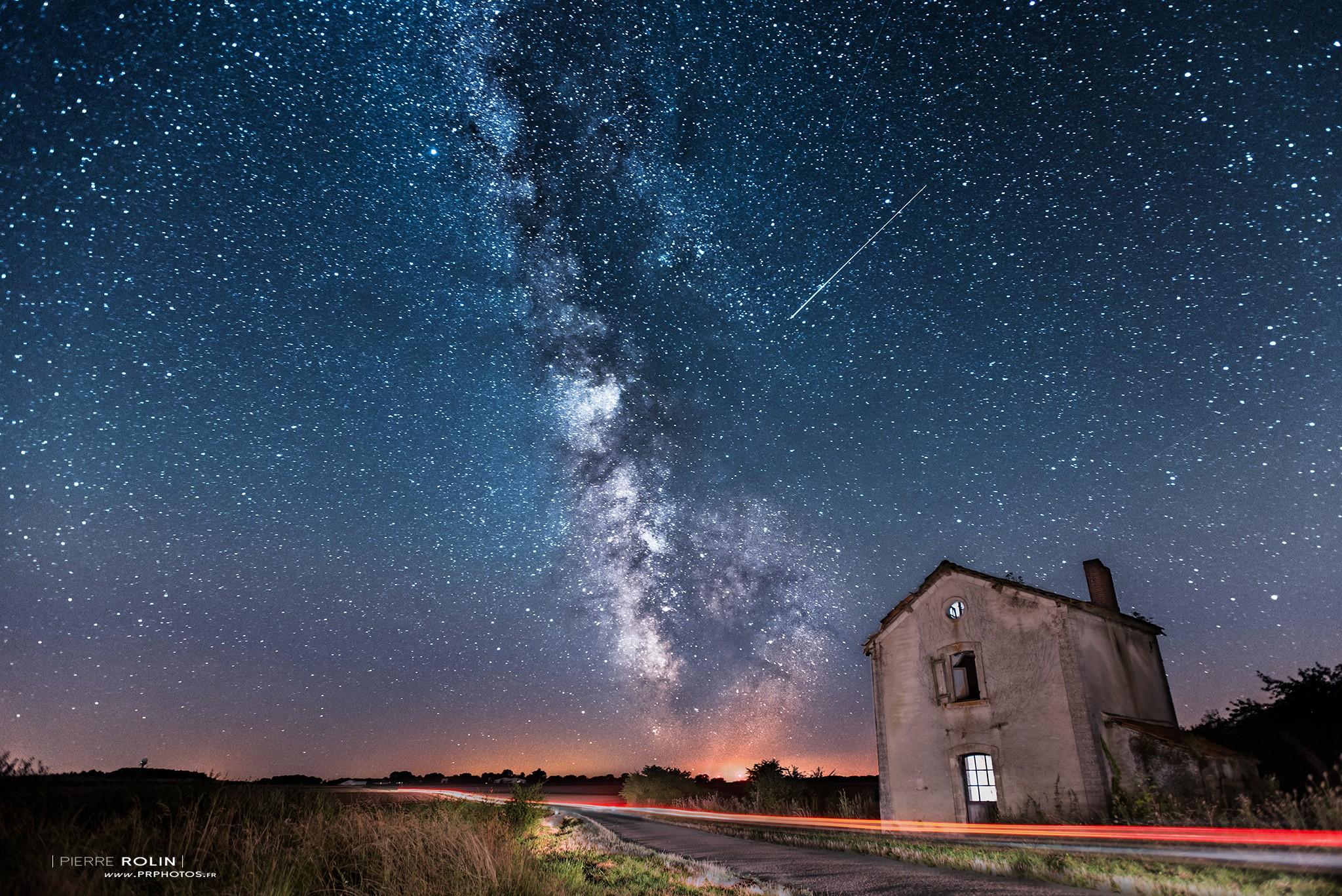 Voie lactée et étoile filante | Paysage de nuit © Pierre ROLIN - Photographe Nancy - Lorraine / Grand Est