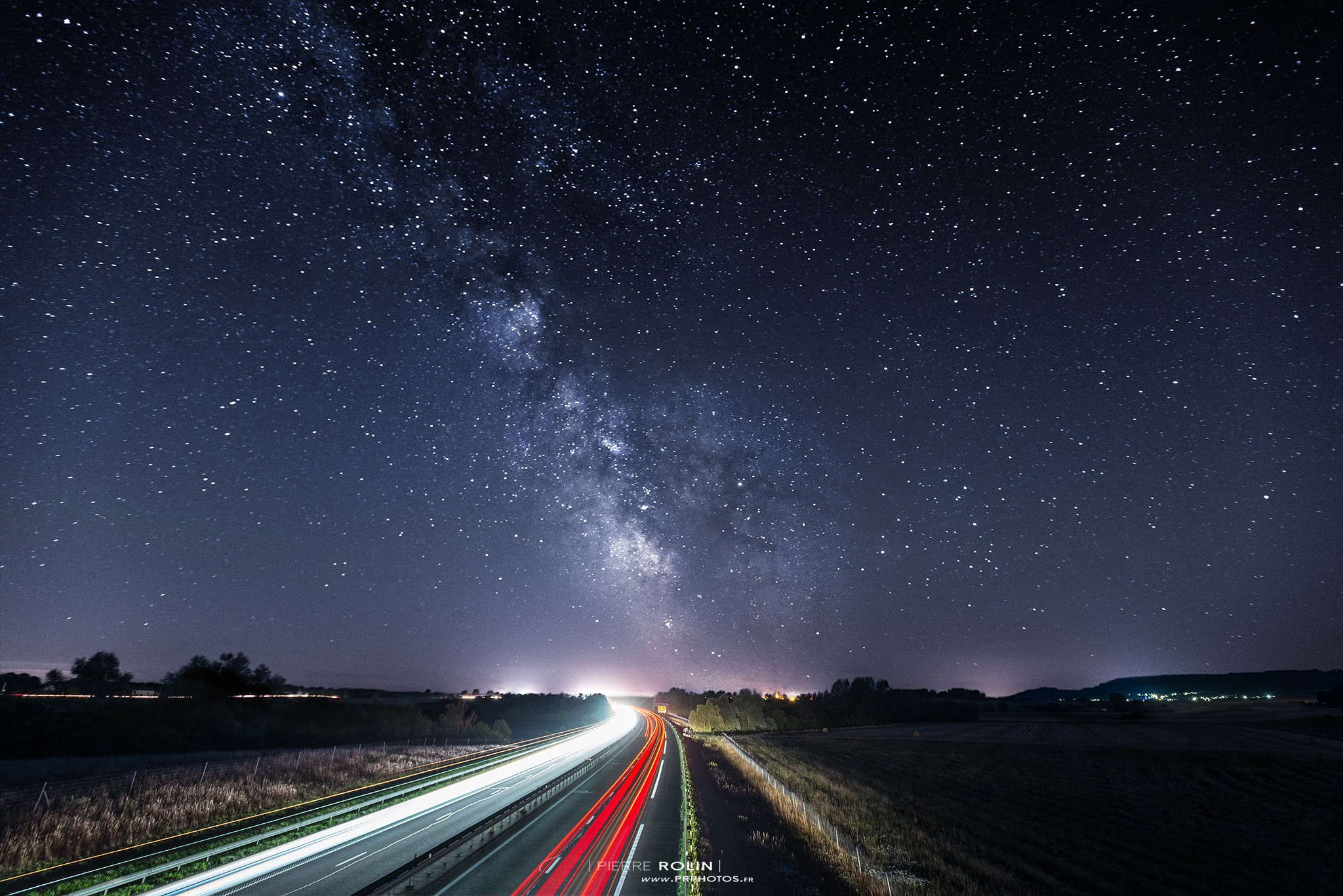Voie lactée & autoroute | Paysage de nuit © Pierre ROLIN - Photographe Nancy - Lorraine / Grand Est
