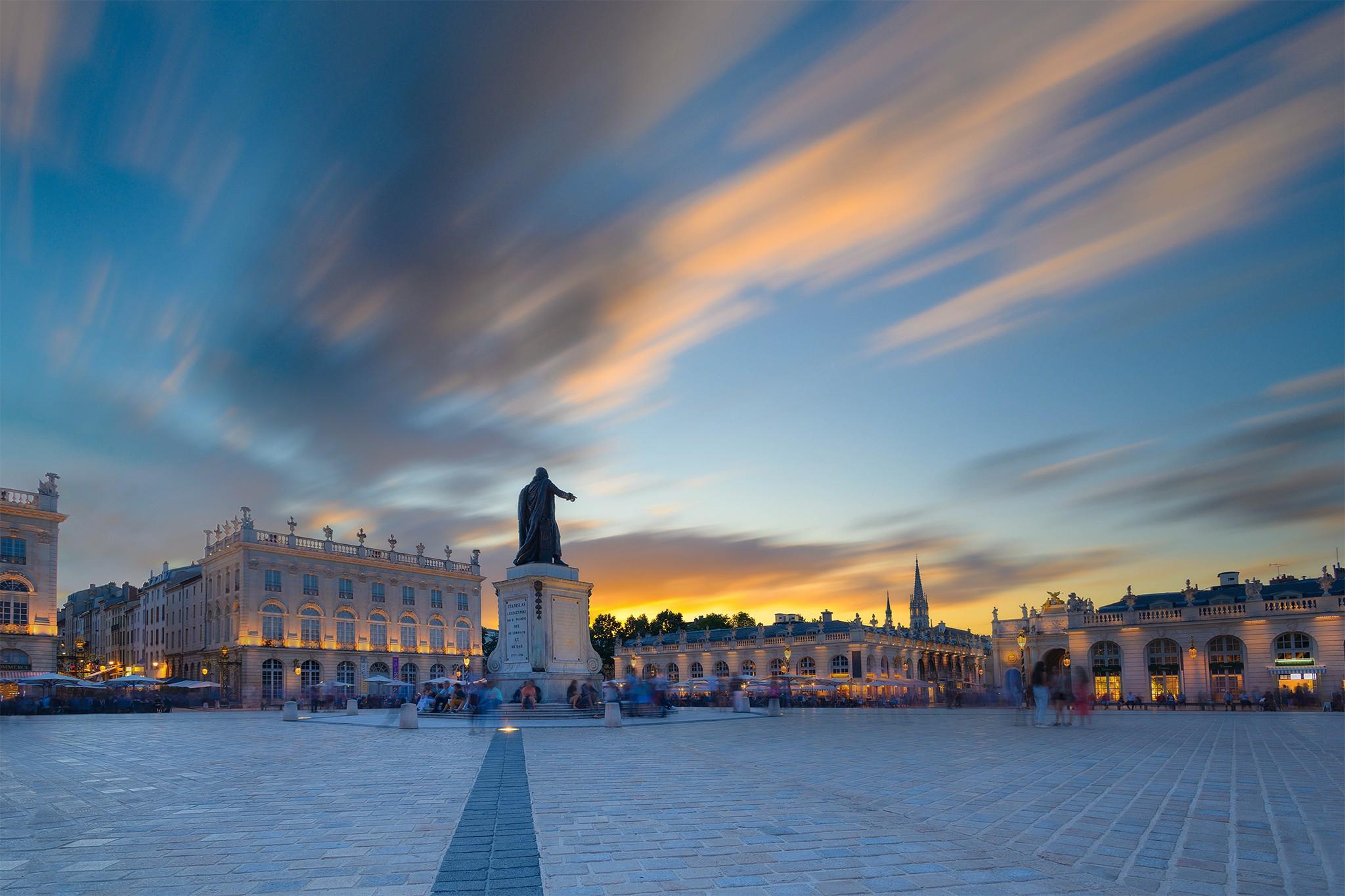 Pose longue au dessus de la Place Stanislas (soleil couchant) | Paysages urbains © Pierre ROLIN - Photographe Nancy - Lorraine / Grand Est