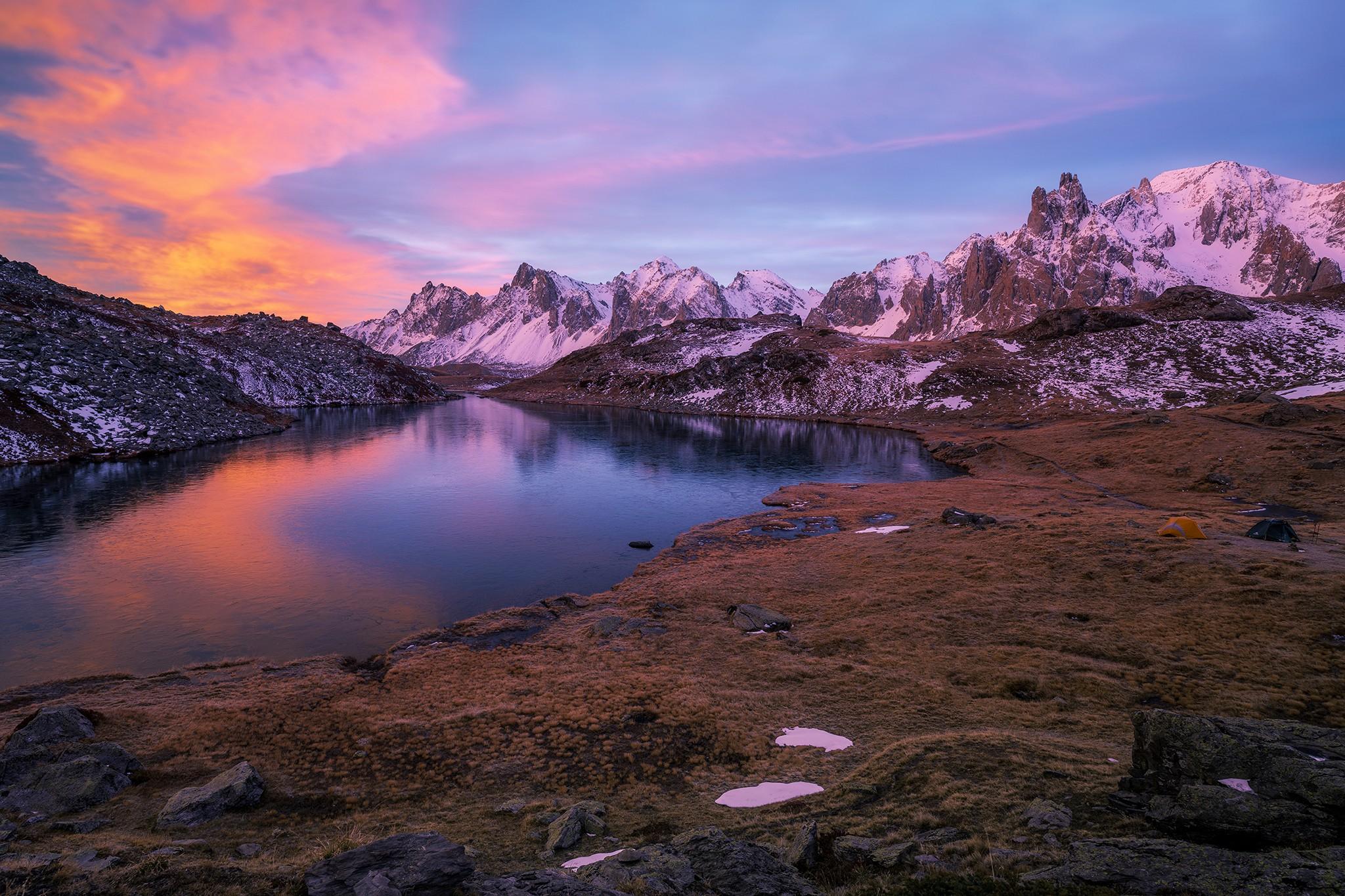 Coucher de soleil au dessus du Lac Long | Vallée de la Clarée