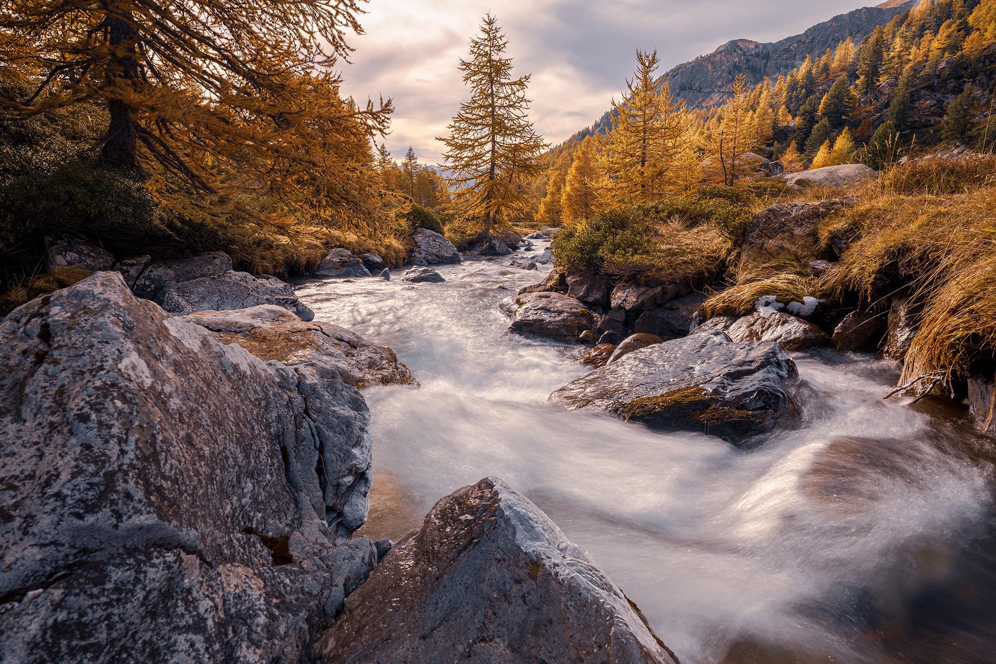La vallée de la Clarée à l'automne en pose longue | Hautes-Alpes © Pierre ROLIN - Photographe Nancy - Lorraine / Grand Est